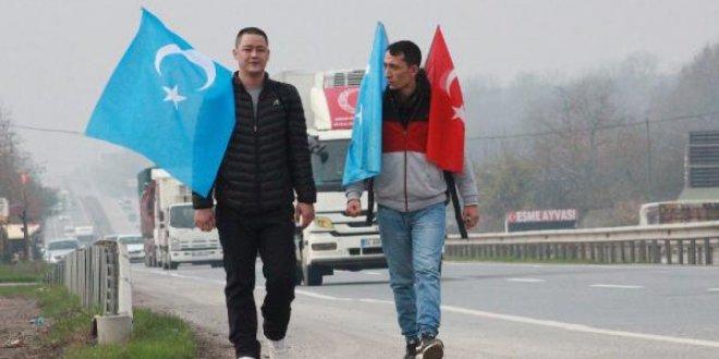 Doğu Türkistan için 4 gündür yolda